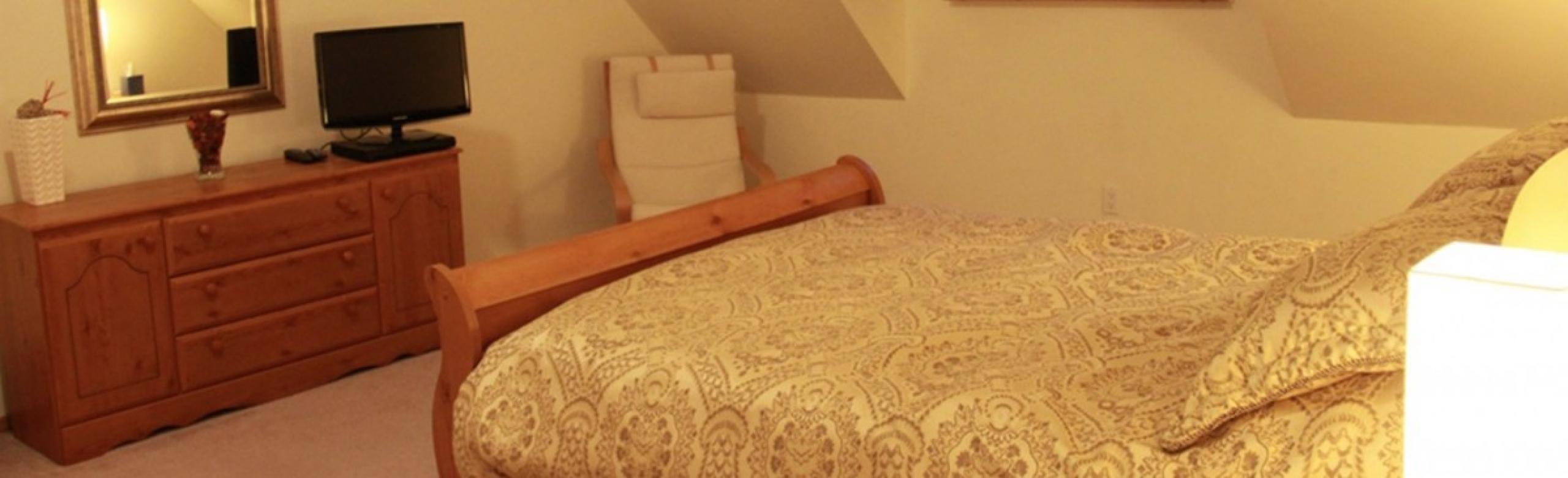 bedroom 2 slider 4
